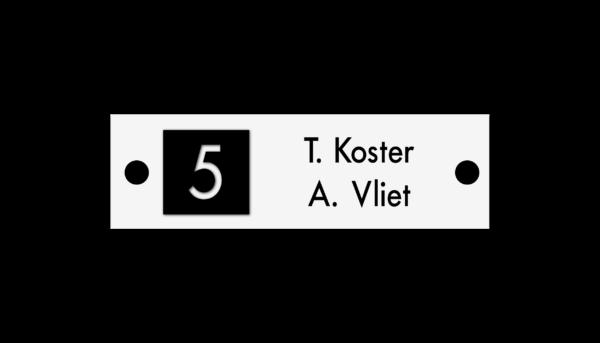 Huisnummerbord met naam